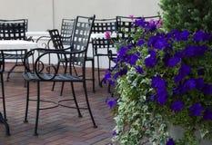 обедать outdoors Стоковая Фотография