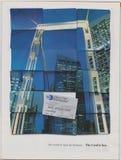 Обедающие рекламы плаката бьют международное в журнале начиная с октября 2005, мир открыты для дела Карта ключевой лозунг стоковая фотография rf