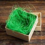 Обернутая винтажная подарочная коробка скопируйте космос Стоковая Фотография