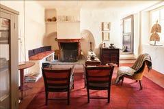 Обеспеченный год сбора винограда дома, живущая комната Стоковая Фотография RF