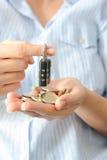 Обеспечьте вашу концепцию сбережений с замком и деньгами шифра Стоковые Изображения