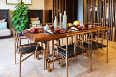 обедать самомоднейшая комната стоковое фото