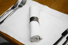 Обед в ресторане стоковая фотография