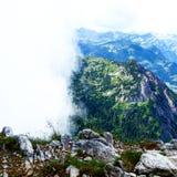 Обе стороны взгляда на горе Стоковые Изображения RF
