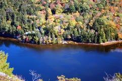 обзор горы Мейна озера Стоковые Фотографии RF