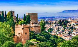 Обзор Гранады, Андалусии, Испании, Европы Альгамбра стоковое фото rf