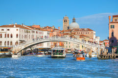 Обзор грандиозного канала в Венеции, Италии стоковые изображения