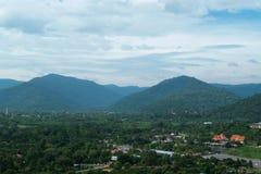 Обзор от запруды Khundan Prakranchon в Таиланде Стоковая Фотография RF