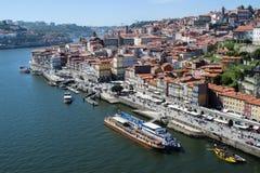 Обзор района Ribeira в Порту, Португалии стоковое изображение rf
