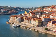 Обзор старого городка Порту, Португалии Стоковое фото RF