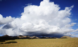 Облака в плато Qinghai-Тибета Стоковое Изображение RF