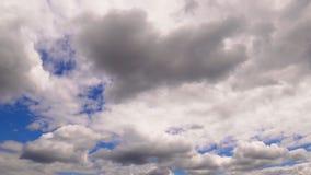 Облака изменяют их движения формы видеоматериал