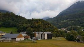 Облака над горами в Пиренеи видеоматериал