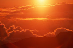 Облака на восходе солнца в HI Стоковая Фотография