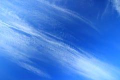 Облака на голубом небе стоковое фото