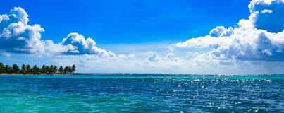 Облака неба моря ландшафта Стоковая Фотография RF