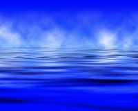 Облака отраженные в океане Стоковое Изображение RF