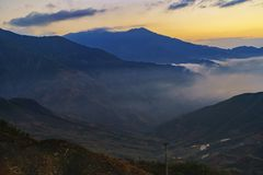 Облако и гора Стоковая Фотография