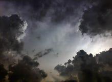 Облако черного неба предыдущее Стоковые Фотографии RF