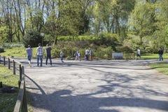Область Дортмунда, Рура, северный Рейн Вестфалия, Германия - 16-ое апреля 2018: Парк Ромберга часть европейской сети сада стоковая фотография rf