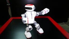 Область Челябинска, Челябинска/Россия - 07 10 2019: Робототехнический танец с фиксированиями видеоматериал