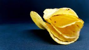 обломоки изолировали белизну картошки стоковые изображения