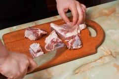 облыселая нервюра мяса вырезывания Стоковые Изображения RF