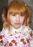 обмундирование cosplay девушки японское представляет токио Стоковая Фотография