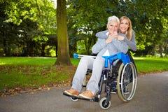 обнимать бабушку внучат Стоковое фото RF