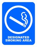 Обозначенный знак куря области Белая сигарета с символом дыма иллюстрация штока