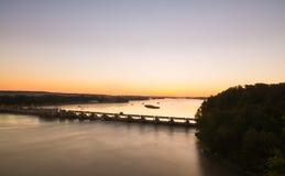 Обозревать реку Иллинойса на восходе солнца Стоковая Фотография RF