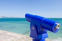 обозревая общественный телескоп моря Стоковое Фото