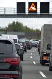 обои вектора движения варенья автомобилей асфальта безшовные Стоковая Фотография RF