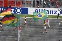 обойдите вокруг спу frnacorchamps флагов стоковые изображения rf