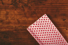Оборачивать подарка и настоящих моментов рождества Стоковые Изображения