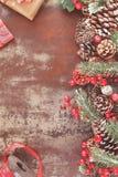 Оборачивать подарка рождества Стоковая Фотография