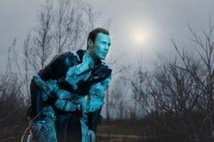 Оборотень человека в шкурах Стоковые Фото