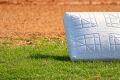 Оборудование бейсбола на поле Стоковая Фотография
