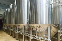 Оборудование для продукции пива стоковое изображение rf