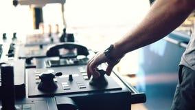 Оборудование корабля моста оффшорного сосуда dp видеоматериал