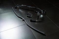 Оборудование фитнеса на поле стоковая фотография rf