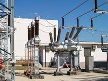 Высоковольтная электрическая подстанция Стоковое Изображение RF