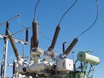 Высоковольтная электрическая подстанция Стоковые Изображения