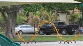 Оборудование спортивной площадки в парке Стоковые Изображения RF