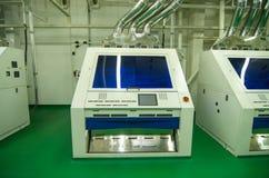 Оборудование фабрики. машинное оборудование скрининга цвета Стоковые Фото
