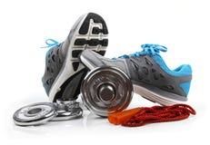 Оборудование фитнеса изолированное на белизне Стоковые Изображения