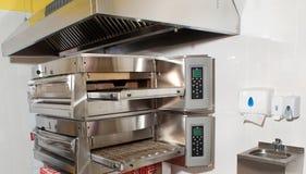 Оборудование для pizzerias стоковое фото rf