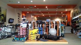Оборудования тренировки комнаты спортзала Стоковая Фотография RF