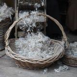 Обрабатывать шерстей вручную стоковые фотографии rf