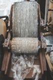 Обрабатывать шерстей стоковое фото